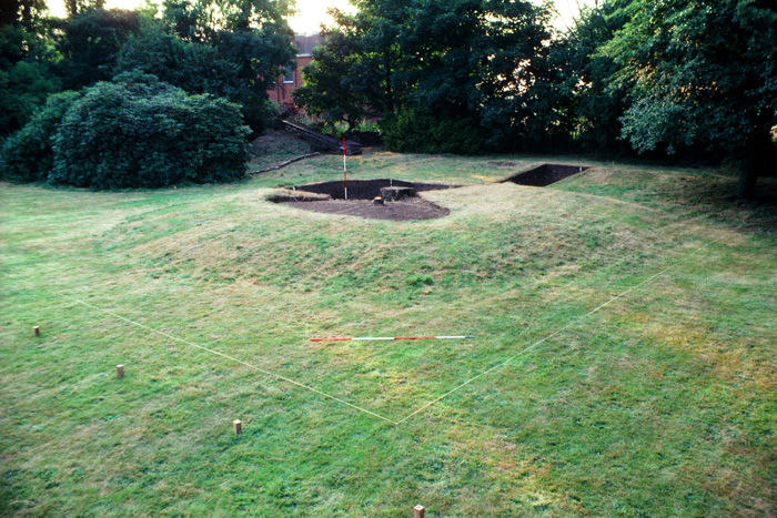 The Repton charnel mound pictured at the beginning of excavations in 1981.