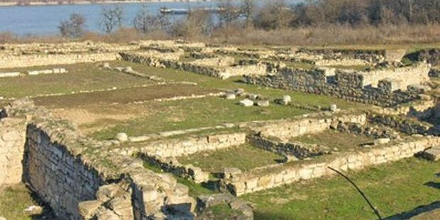 Bulgarian Prosecutors Charge 3 Men with Treasure Hunting Digs in Ancient Roman Military Camp Novae