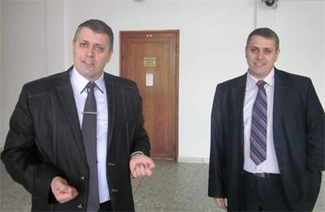 Brothers Zhivko and Zdravko Chepishev, lawyers and town councilors from the southern town of Devin, deny the treasure hunting charges against them over the destruction of an Ancient Thracian burial mound. Photo: 24 Chasa daily