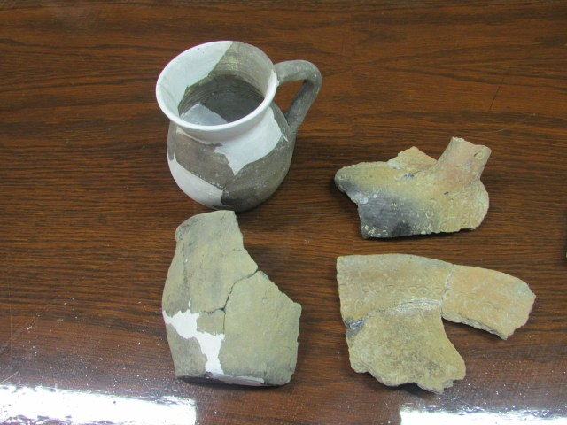 Some of the artifacts discovered in the recent archaeological excavations of the ancient and medieval Rahovets Fortress near Bulgaria's Gorna Oryahovitsa. Photo: Gorna Oryahovitsa Municipality
