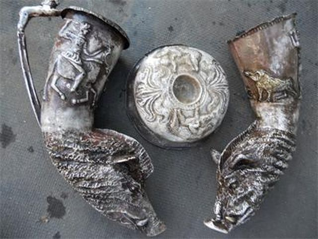 More fake Thracian treasures made by Bulgarian forgers and presented to collectors as authentic archaeological treasures. Photo: Interior Ministry / 24 Chasa daily