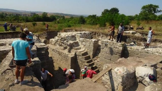 An Early Byzantine fortress tower untypical for Europe but similar to Byzantine fortress towers in North Africa has been unearthed in the Ancient Roman city of Deultum in the Debelt - Deultum Archaeological Preserve in Southeast Bulgaria. Photo: Kmeta