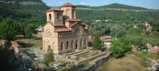 A view of the St. Dimitar Solunski Church with its surroundings. Photo: Magnus Manske, Wikipedia