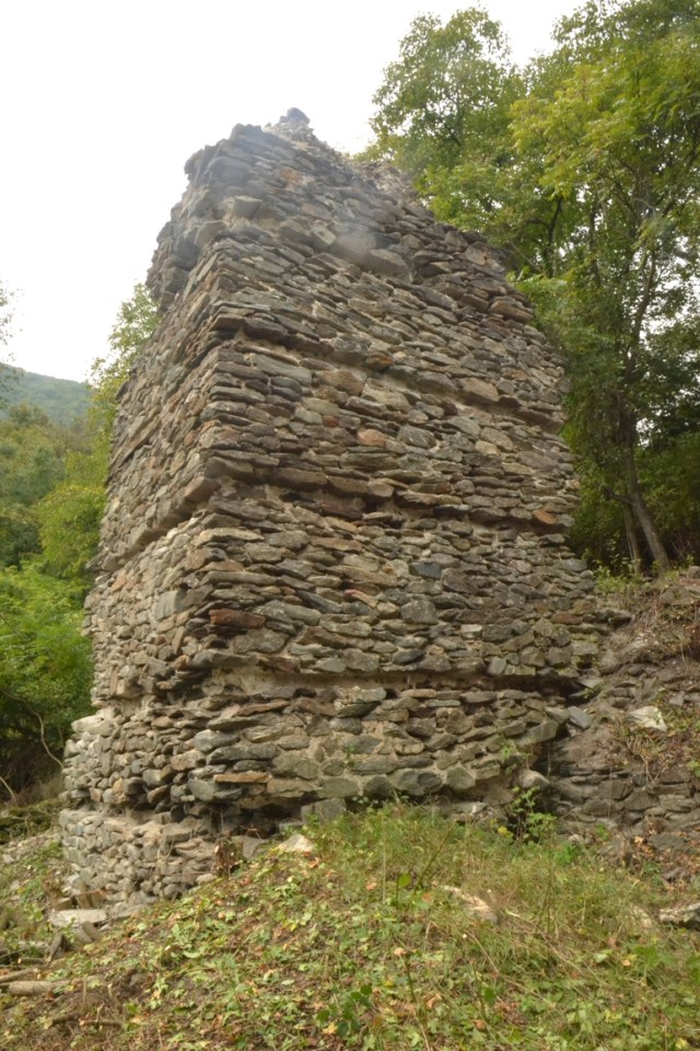 One of the towers of the medieval fortress Urvich near Bulgaria's capital Sofia. Photo: Archaeological Team, National Museum of History
