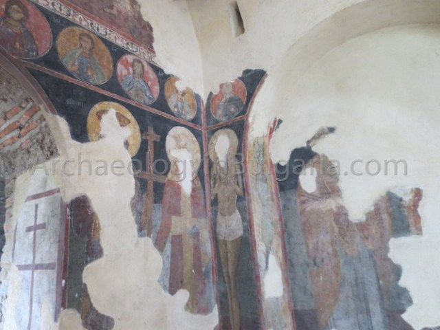 Surviving 14th century frescoes inside the inside the Church of the Holy Mother of God in Asen's Fortress near Bulgaria's Asenovgrad. Photo: ArchaeologyinBulgaria.com
