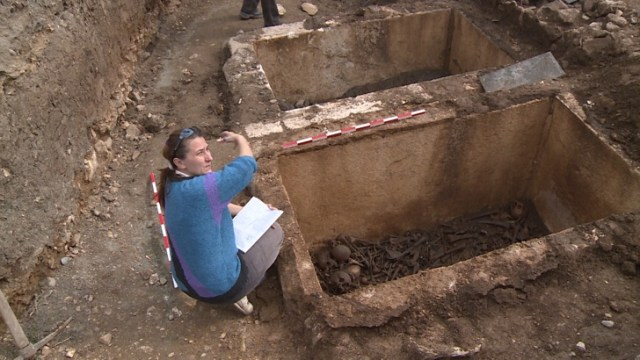 Archaeologist Maria Kamisheva examining the newly opened tombs from the previously unexplored eastern necropolis of Augusta Traiana. Photo: BGNES