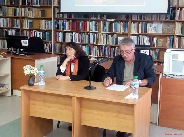 Dr. Diana Koseva-Toteva (left) and Prof. Hitko Vachev (right) during the presentation of Toteva's book. Photo: Veliko Tarnovo Regional Museum of History Facebook Page