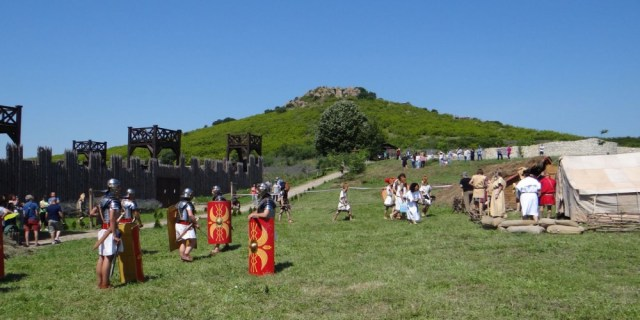 The historical reeactment of Thracian - Roman battles at the Kabile Archaeological Preserve near Bulgaria's Yambol. Photo: Yambol Municipality
