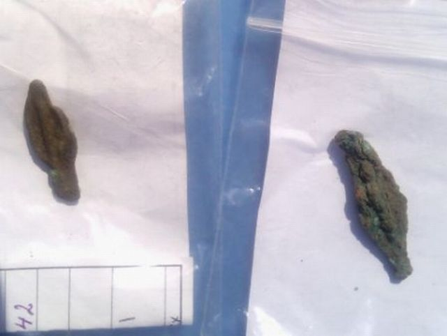 Two 2,600-year-old bronze arrow tips used as coins have been found in ancient Apollonia Pontica, today's Bulgarian resort of Sozopol. Photo: BurgasNews