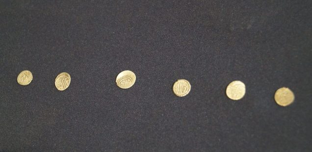Archaeologists Show Early Ottoman Coins Carried by Turkish Soldier during Late 14th Century Attack on Bulgaria's Targovishte