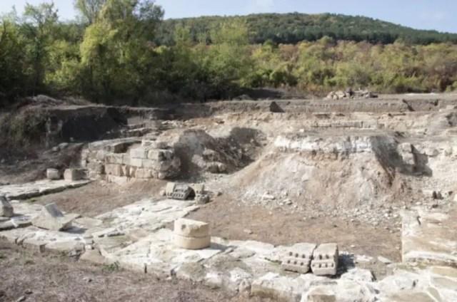 The ruins of the Bulgarian imperial residence in Veliki Preslav. Photo: Shum