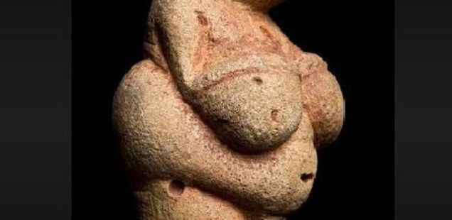 Facebook Apologizes for Censoring 'Dangerously Pornographic' Venus of Willendorf, World's Top Prehistoric Female Figurine