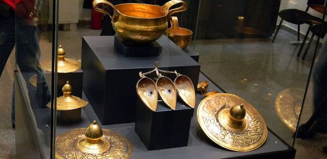Ancient Thrace's Largest Gold Treasure, Valchitran Treasure, to Be Shown in Bulgaira's Black Sea City Burgas for the First Time