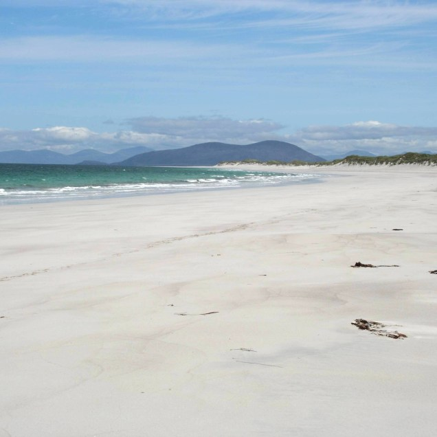 Gaelic awareness - Berneray beach / traigh Bhearnaraigh