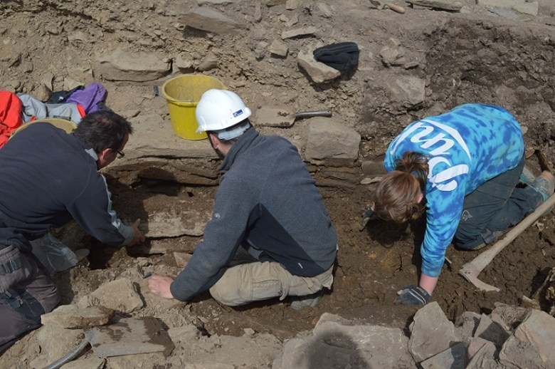 More new walls in the pit close to the broch entrance