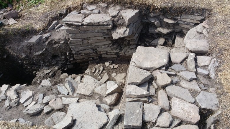 The two structures in Trench 19