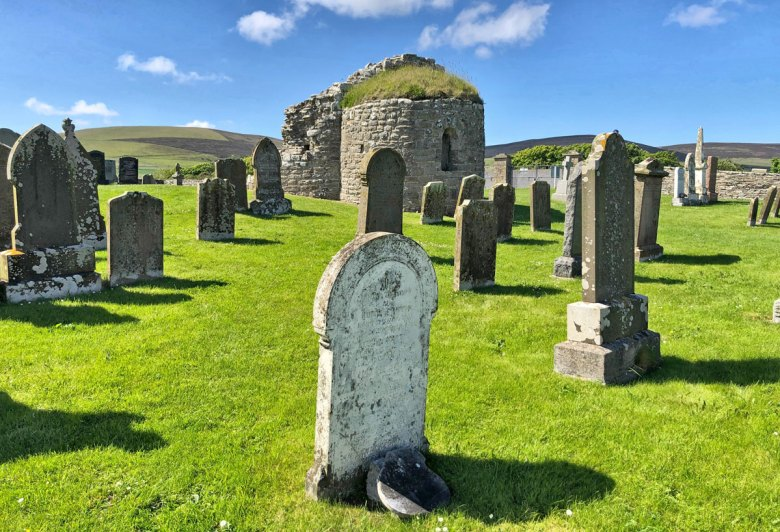 Orphir 'round kirk' - adjacent to the Earl's Bu site.