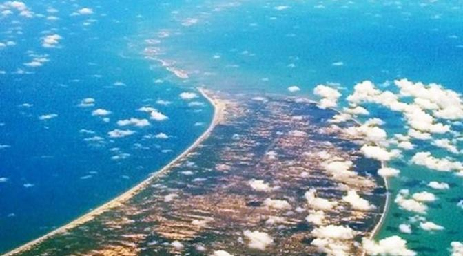Ram Setu: Ape Engineer Builds a Bridge