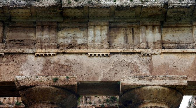 Guttae in the Architecture of Classical Greece
