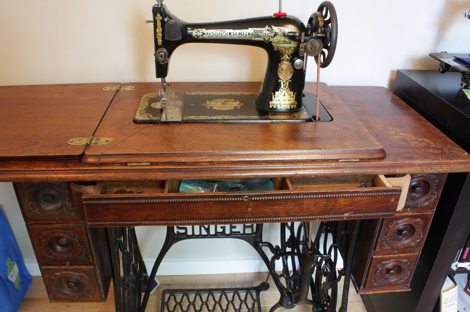 Sewing Machine Table Kijiji