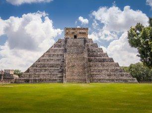 el-castillo-pyramid-plaza-toltec-state-yucatan7540288072313278888.jpg