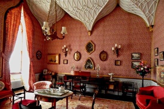 Introduce Use Gothic Interior Design