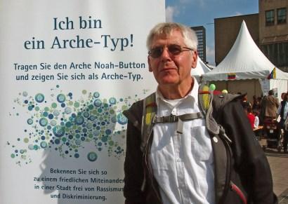"""Peter, Mülheim """"Ich bin ein Arche-Typ, weil ich glaube, dass in der Arche jeder etwas für den anderen tun kann."""" Foto: Sonja Strahl"""