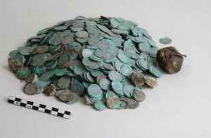 deniers argent trésor médiéval abbaye cluny