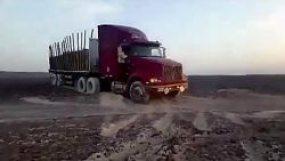 camion-dommages-lignes-nazca