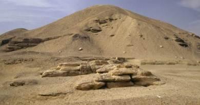 Plus de 800 tombes découvertes près d'une pyramide du Moyen-Empire