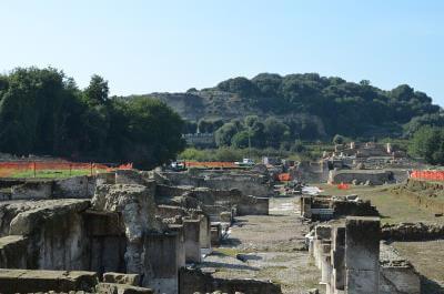 vue du site archéologique de Cumes