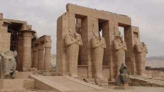 ramasseum-thebes-portique-osiriaque