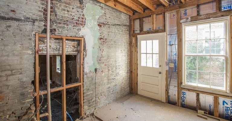 19 Wentworth Street Restoration (Before)