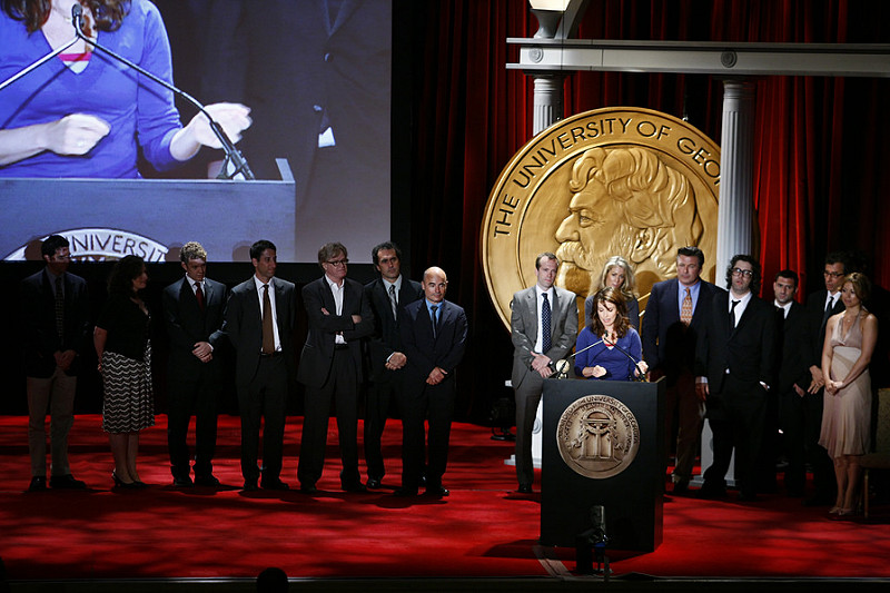 Tina Fey speaks at the 2008 Peabody Awards with the cast & crew of 30 Rock