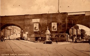Luton Arch Edwardian small