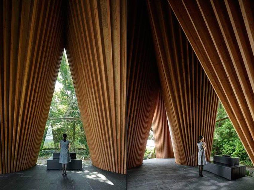 Resultado de imagen de Hiroshi Nakamura & NAP, Capilla en el Bosque de Sayama en Saitama