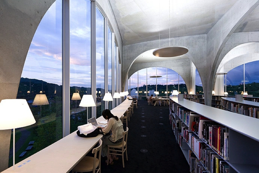 Toyo Ito / Tama Art University Library