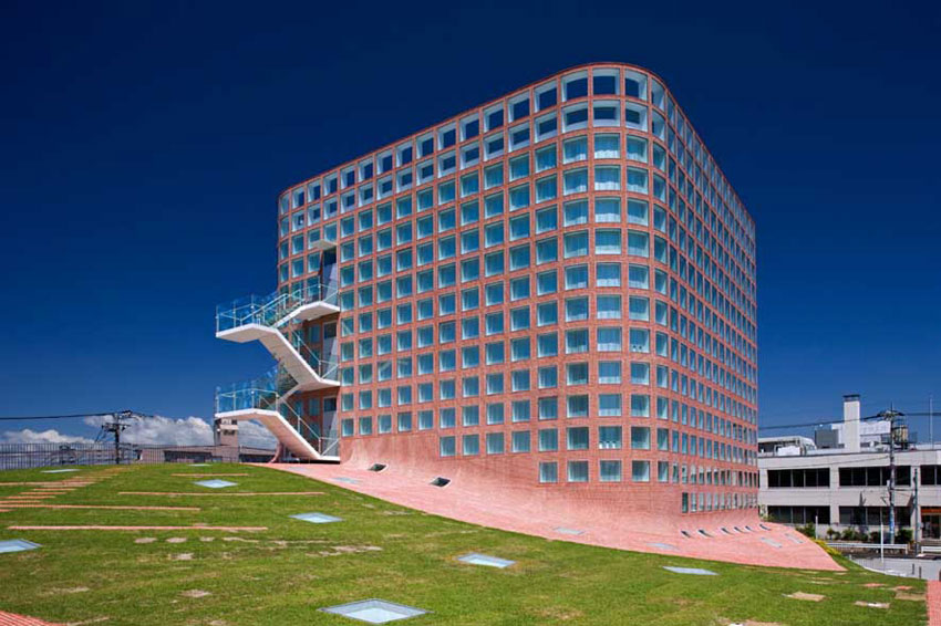 Fussa City Hall / Riken Yamamoto & Field Shop
