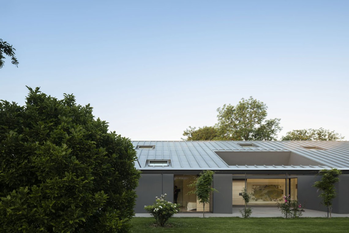 Chestnuts House / Marchi Architects
