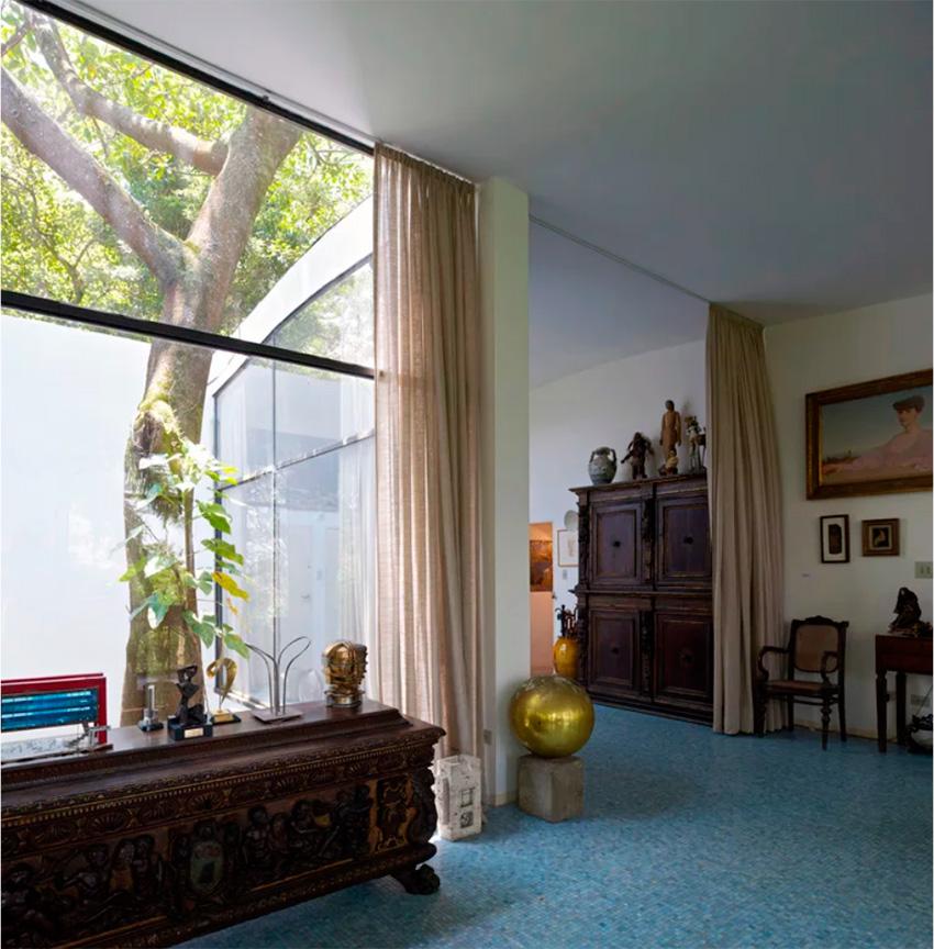 Glass House / Lina Bo Bardi