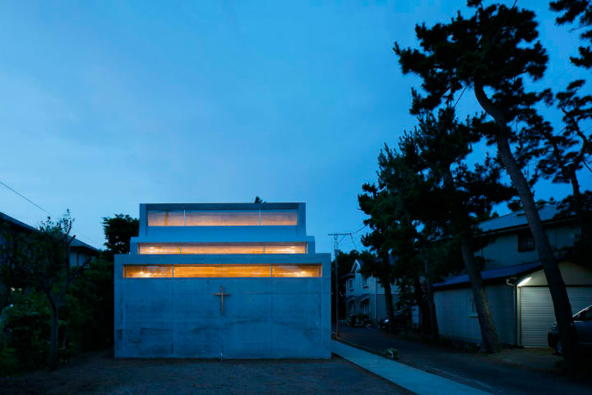 Shonan Christ Church / Takeshi Hosaka Architects