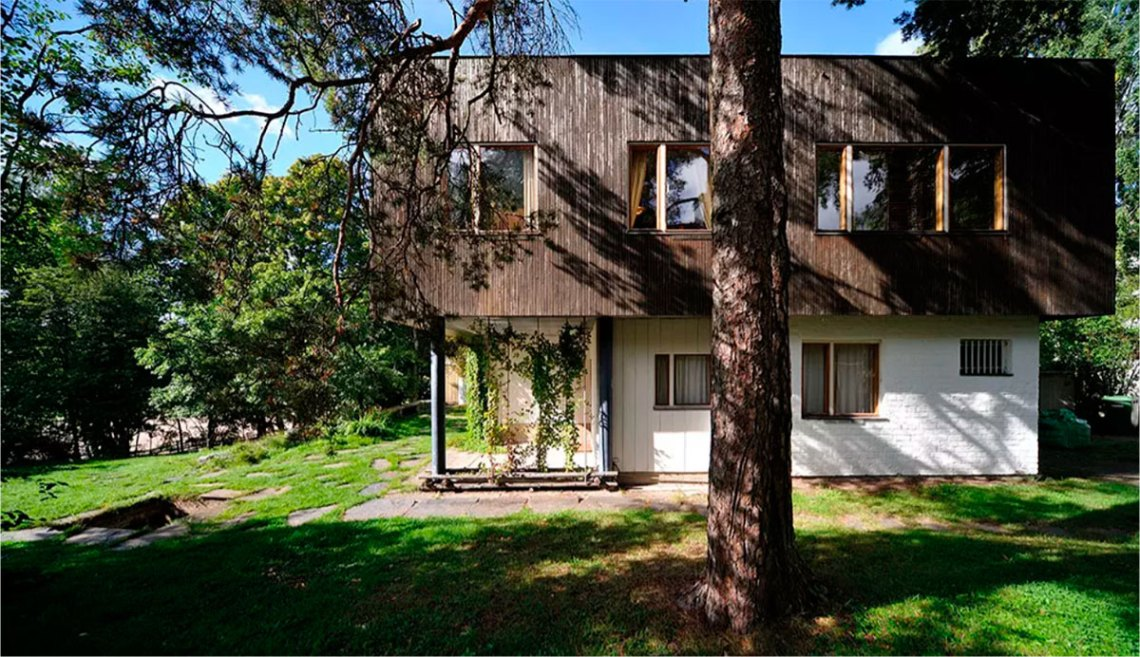 Side view of the Aalto residence