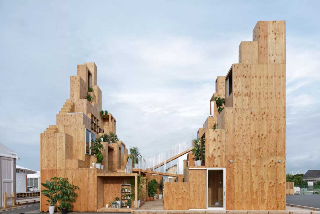 Exterior View of the house in Tokyo by Sou Fujimoto