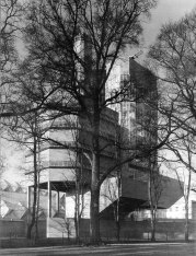 james-stirling-leicester-engineering-building-19-black-white