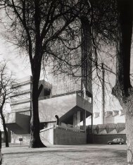 james-stirling-leicester-engineering-building-4
