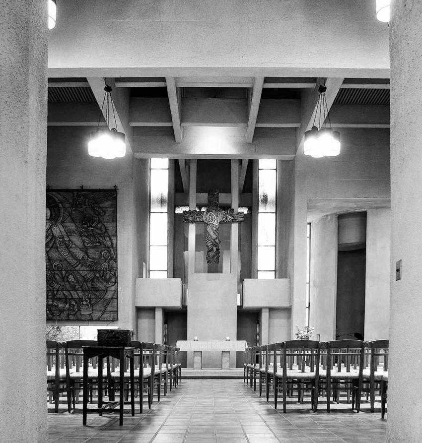 Chapel interior - Japan Lutheran Theological Seminary by Togo Murano