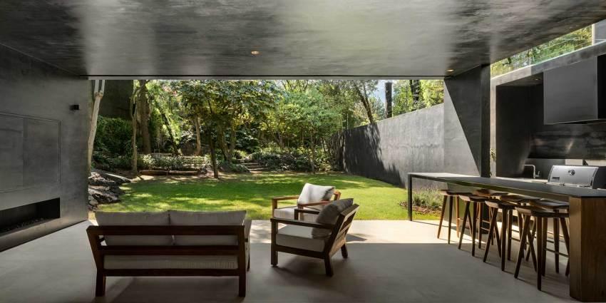 Courtyard Lluvia House in Mexico / PPAA Pérez Palacios Arquitectos Asociados