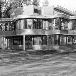Curved facade Skadalen School Accreditation Center Children Hearing Impairment Sverre Fehn