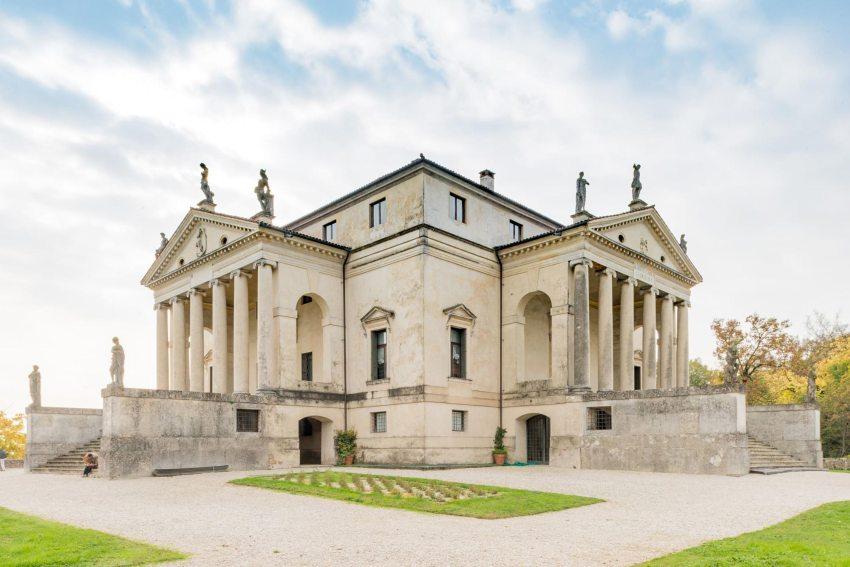 Exterior - Villa Capra La Rotonda / Andrea Palladio