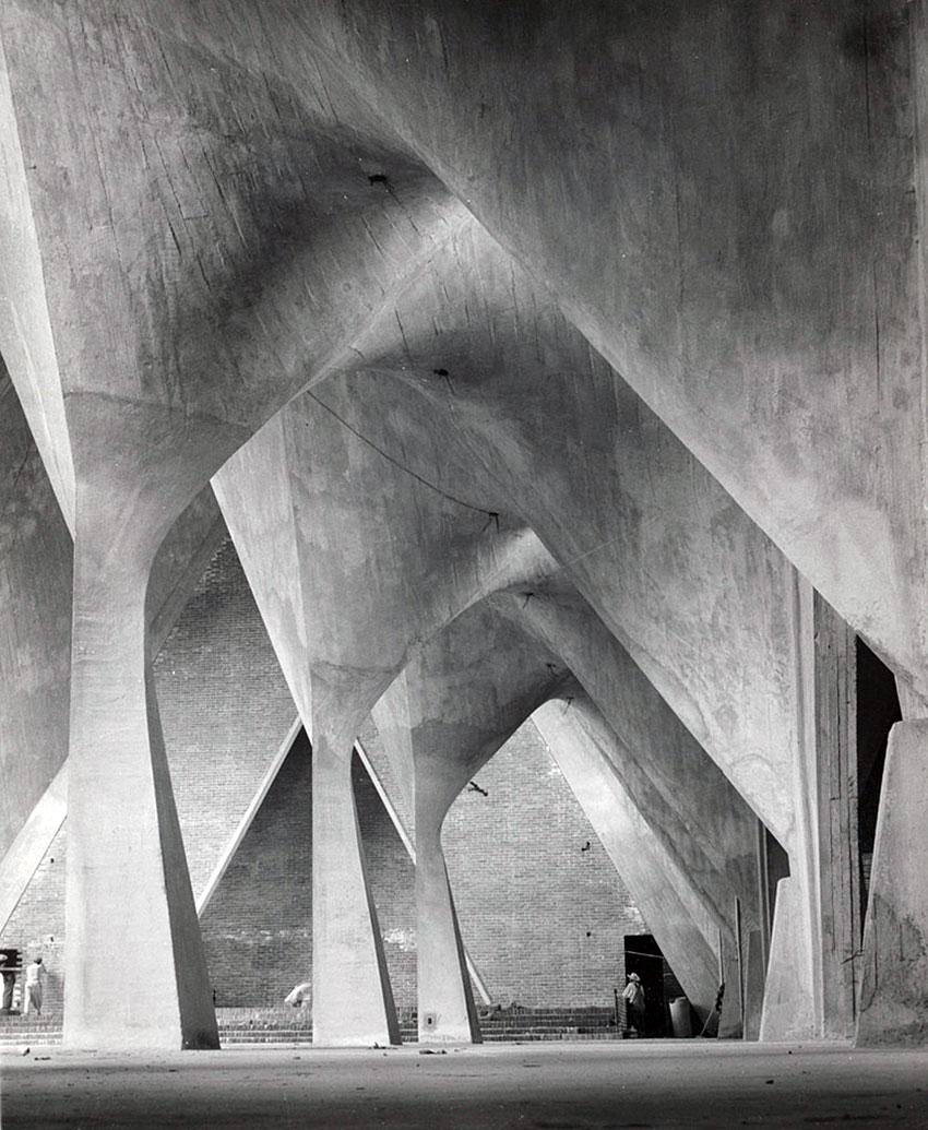 Felix Candela Church - Concrete Structure